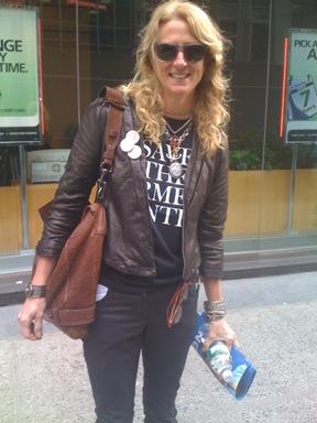 Nanette_lepore_Fashion_district