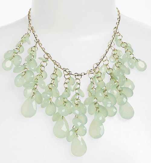 Statement-necklace-green