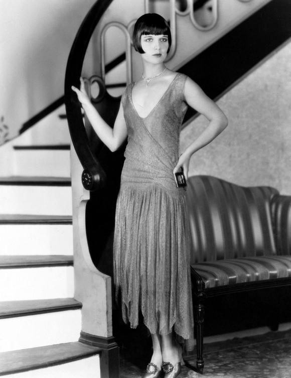 Louise-brooks-1920s-drop-waist-dress