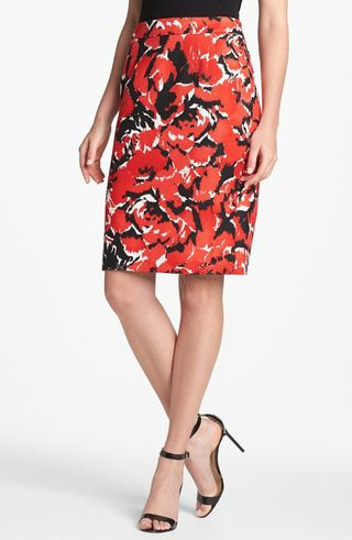 Red-and-black-printed-pencil-skirt